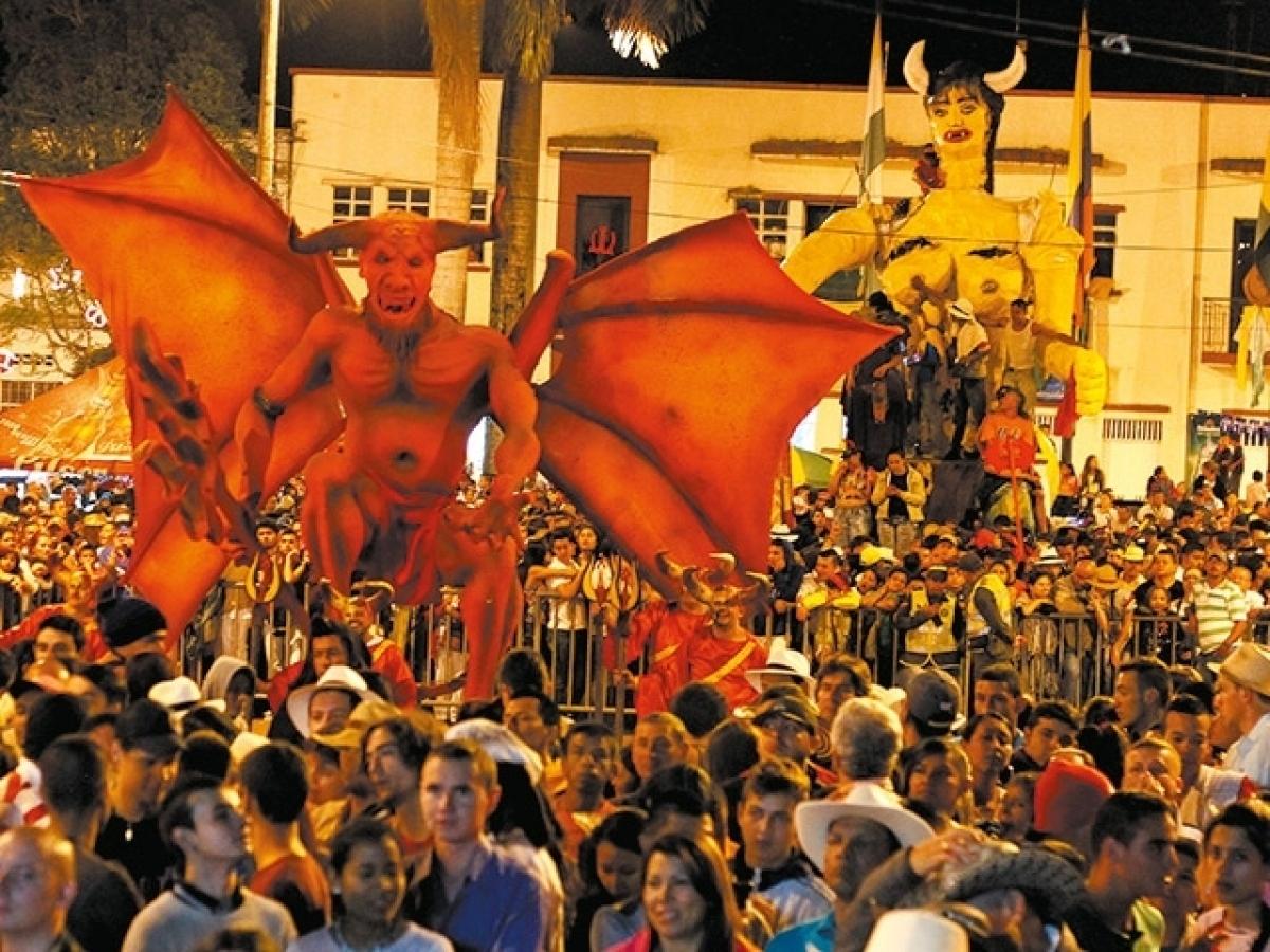 carnaval del diablo, colombianos